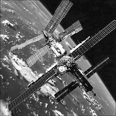 太空集成微电路