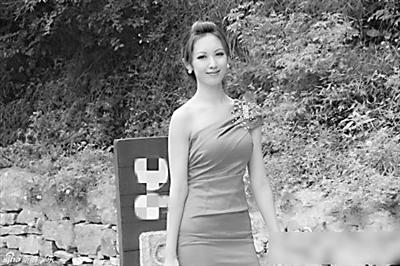 有网友找出袁佳怡的生活照