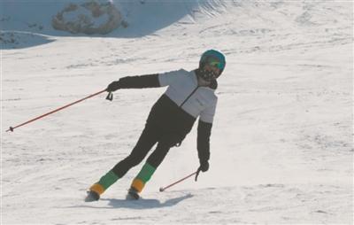 本报讯(记者 纳玉堂)12月22日,大通回族土族自治县,老爷山滑雪场